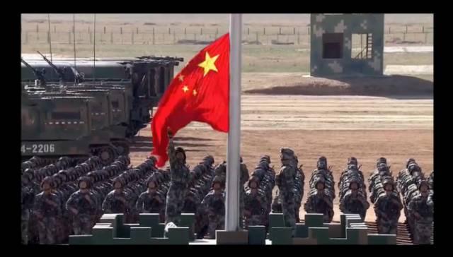 日本网友第一次看中国大阅兵 满满的弹幕(图)